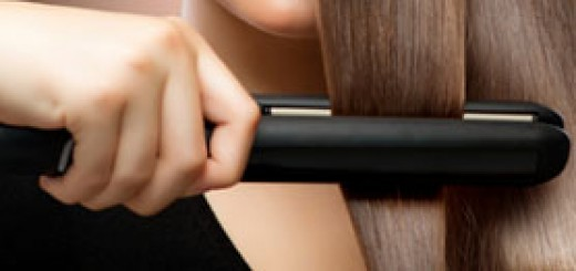 How to Straighten your Hair with a Flat Iron